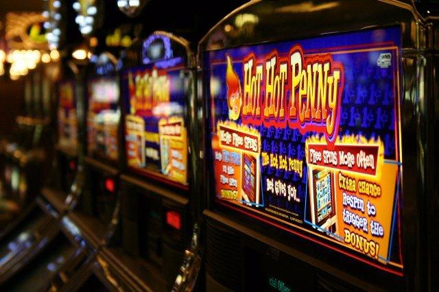 Популярный автомат crazy fruits slot в казино онлайн