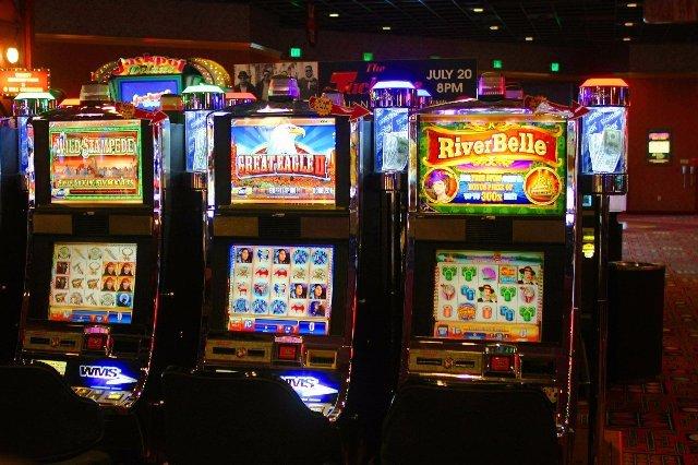 В казино Вулкан Россия вход свободный!