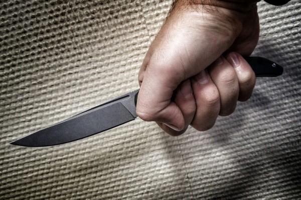 49-летний воронежец в ходе пьяной ссоры перерезал горло супруге