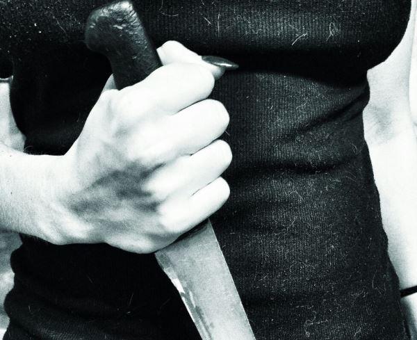 В Башкирии 50-летняя женщина зарезала сожителя подруги