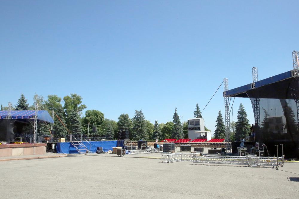 Соборную площадь  в Липецке подготовили к