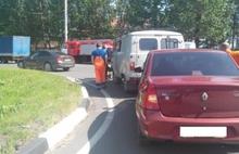 В Ярославле иномарка столкнулась с «УАЗом»