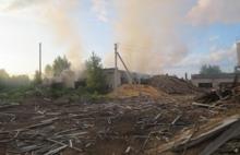 В  Ярославской области рано поутру горела частная пилорама