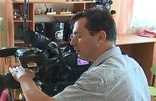 Видеопаспорта ярославских сирот снимает программа «Пока все дома» с Тимуром Кизяковым