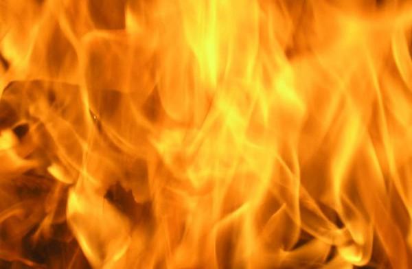 Пенсионер сгорел вместе со своим автомобилем в Ростовской области
