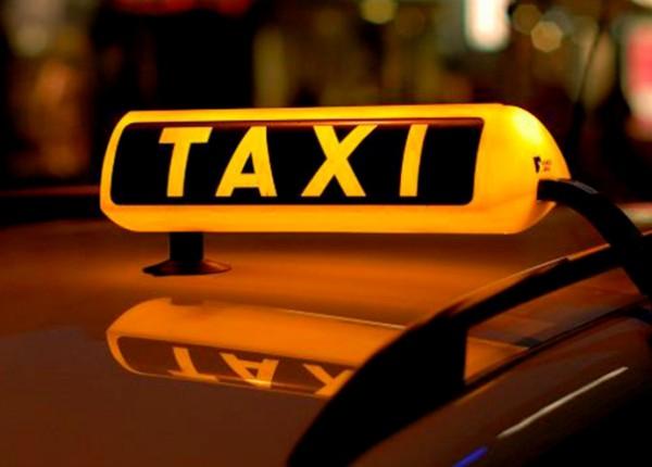 В Москве таксист сбил ребенка на пешеходном переходе и скрылся