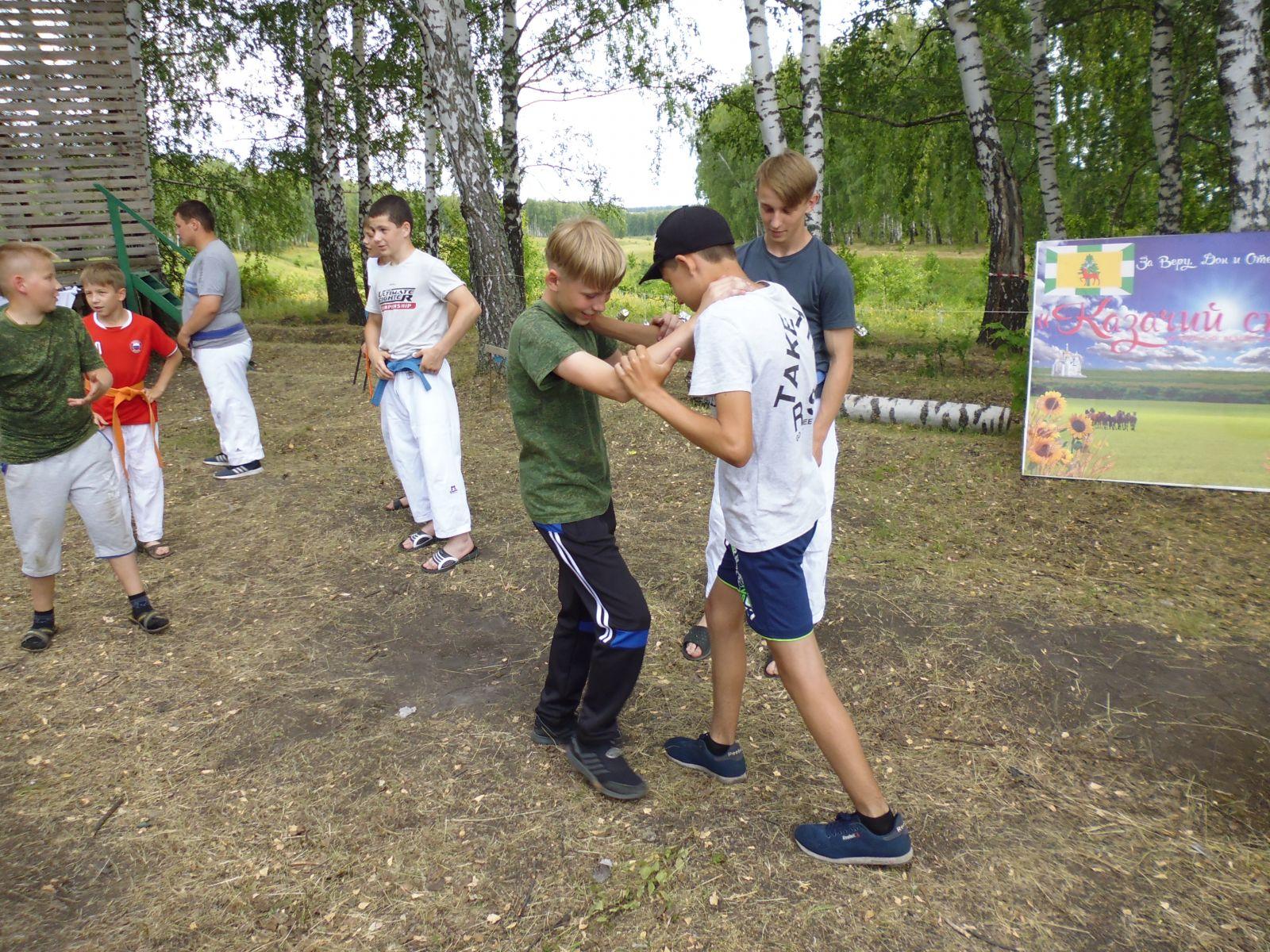 Казачьим традициям научит юных жителей области в палаточном лагере
