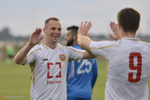 Олег Власов перешёл в «Урожай»