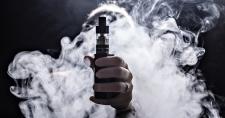 Вейпы могут приравнять к обычным сигаретам