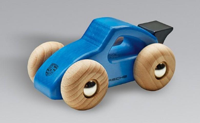 Porsche анонсировала отзыв игрушечных моделей машин