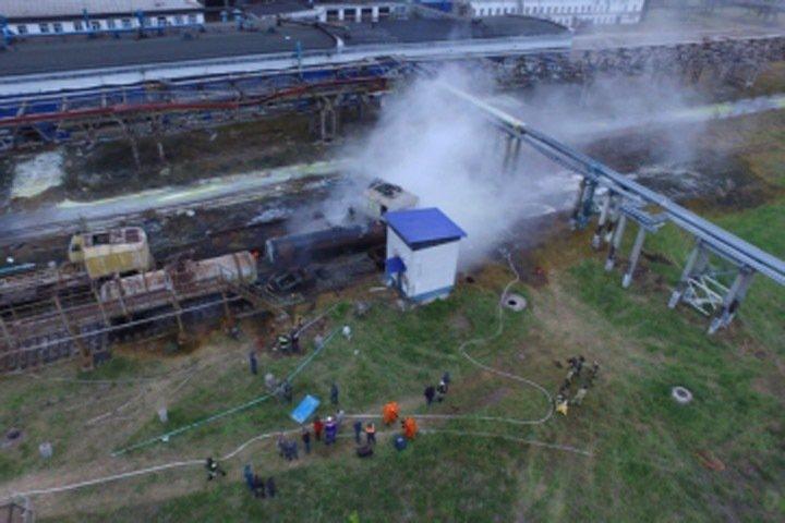 Утечка неустановленного химического вещества ликвидирована на заводе в Иркутской области