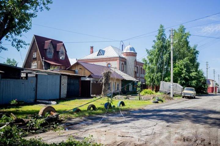 Более 200 домов остаются без света в Барнауле