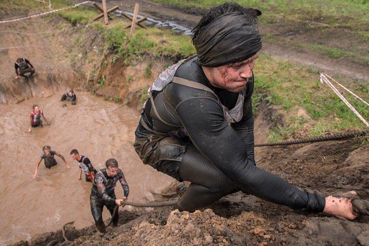 «Хорошая вечеринка, надо повторить»: репортаж с новосибирской Гонки героев
