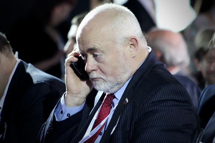Новосибирский депутат Похиленко прячется от жителей Советского района