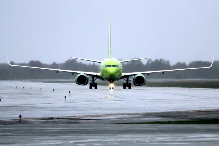 Авиаперелеты из Новосибирска подорожали на треть