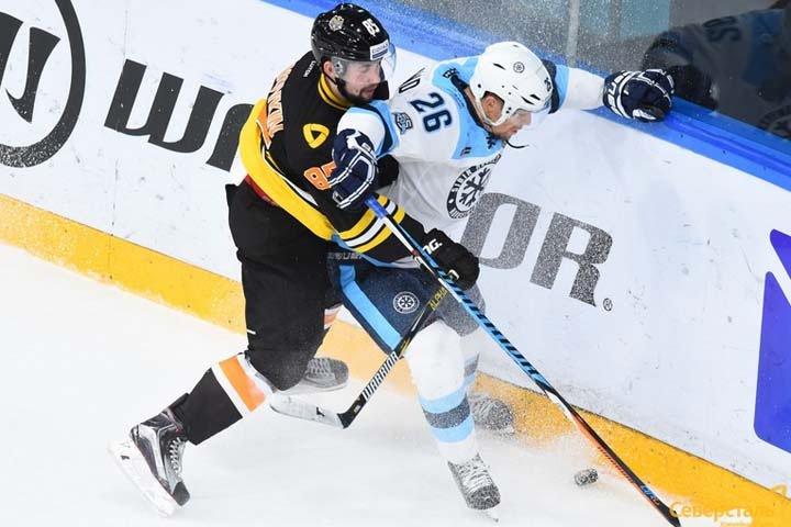 Травников пообещал болеть за «Сибирь» в матче с череповецкой «Северсталью»