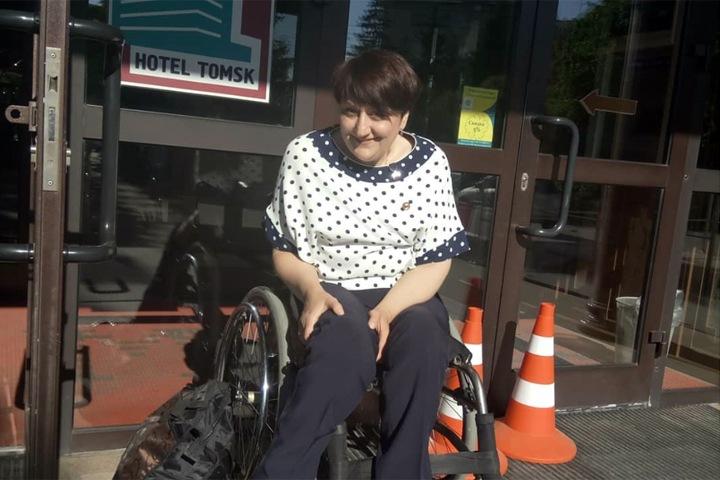 «ИрАэро» не продала женщине-колясочнице билет на самолет