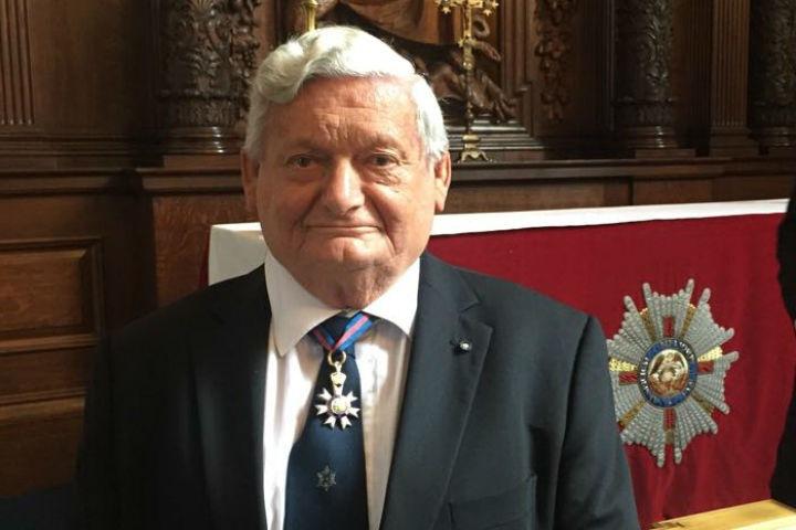 Томский ученый удостоился звания рыцаря-командора в Британии