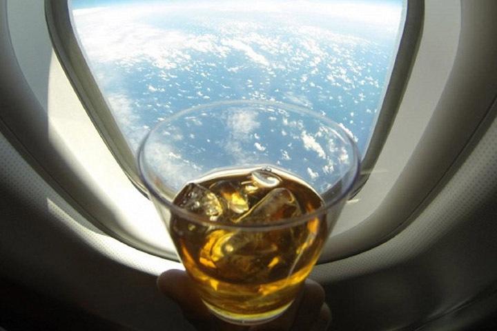 Пьяных пассажиров из Бурятии сняли с рейса за «религиозные мировоззрения»