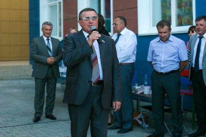 Омский депутат Госдумы предложил отложить законопроект о пенсионной реформе до позиции Путина