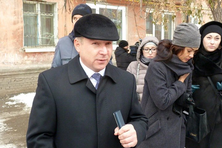 Бурков уволил высокопоставленного чиновника с нехорошей формулировкой