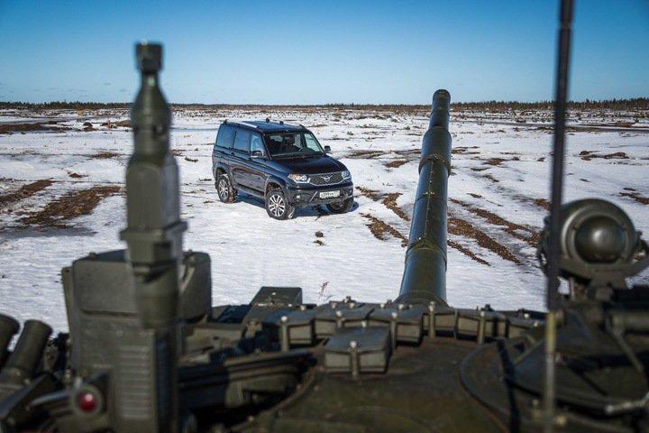 «Кто не хочет защищать, того к стенке»: новосибирские депутаты о мобилизации личного автотранспорта на случай войны