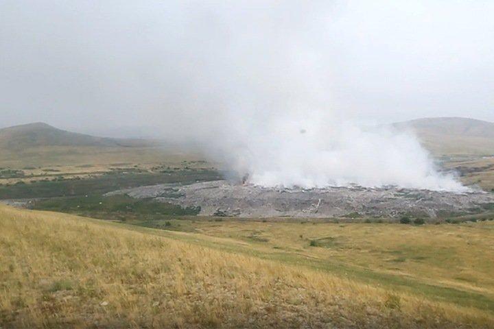 Свалка горит в Черногорске. Введен режим ЧС