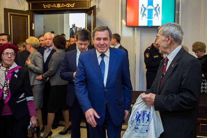 Травников пошлет Городецкого в Совет Федерации
