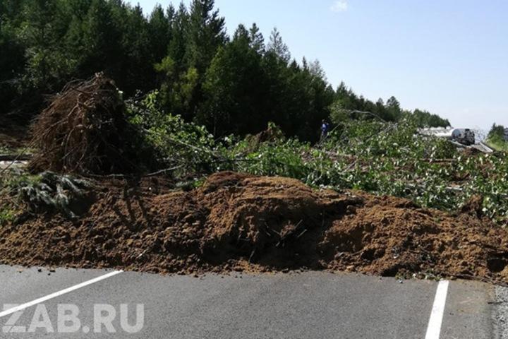 Сель сошел на федеральную трассу «Амур» в Забайкалье