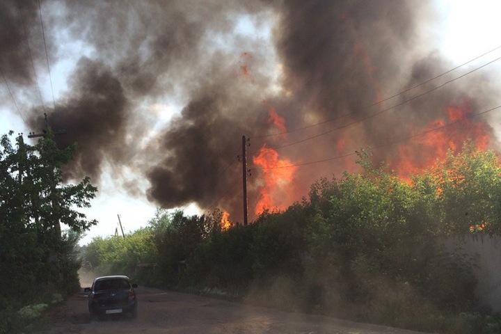Отходы вновь загорелись на лесопилке в Канске