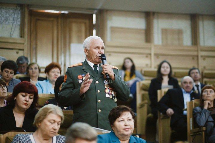 Цивилёву предложили создать программу «Кузбасское долголетие»