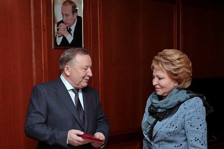 Экс-губернатора Алтайского края выдвинули в сенаторы