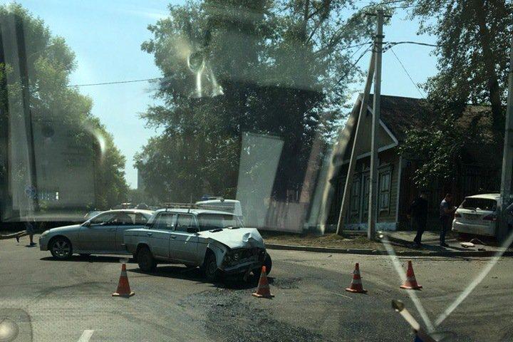 Авария со стрельбой произошла в Иркутске