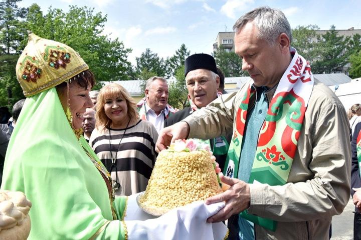 Травникову дали 50 млн на выборы