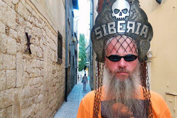 Красноярский художник Слонов: «Я люблю и ватников, и либералов»