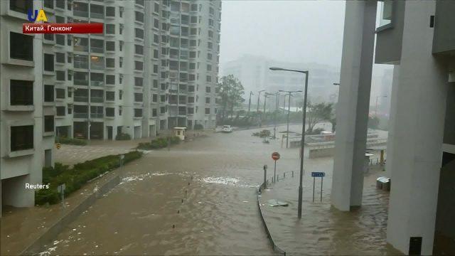 Тайфун в Гонконге сегодня, прогнозы куда надвигается: пришел с Филиппин, отмена авиарейсов и пострадавшие, направился в сторону материкового Китая