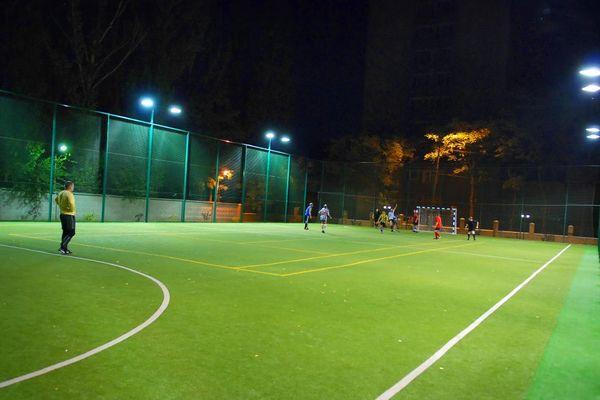 В Узловой организовали Ночную футбольную лигу