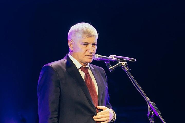Томенко уволил зампреда правительства Алтайского края