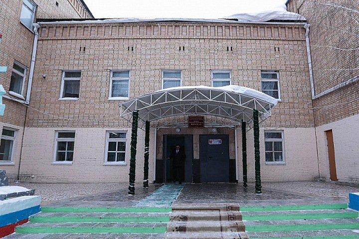 Школу в Улан-Удэ, на которую было совершено нападение, подожгли