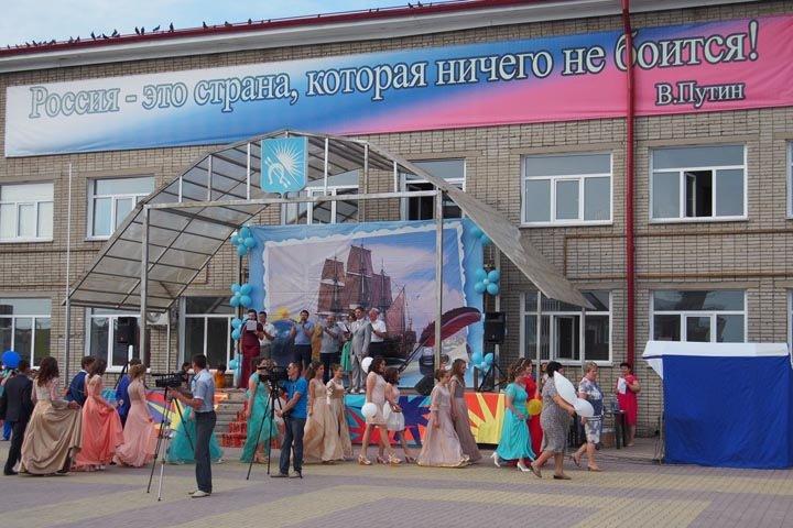 Новосибирский облизбирком разместил избирательный участок в аварийной школе