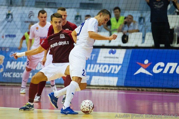 Мутко попросил Травникова спасти мини-футбольный «Сибиряк»