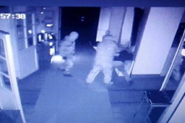 Грабители украли женский головной убор с кораллами из бурятского музея