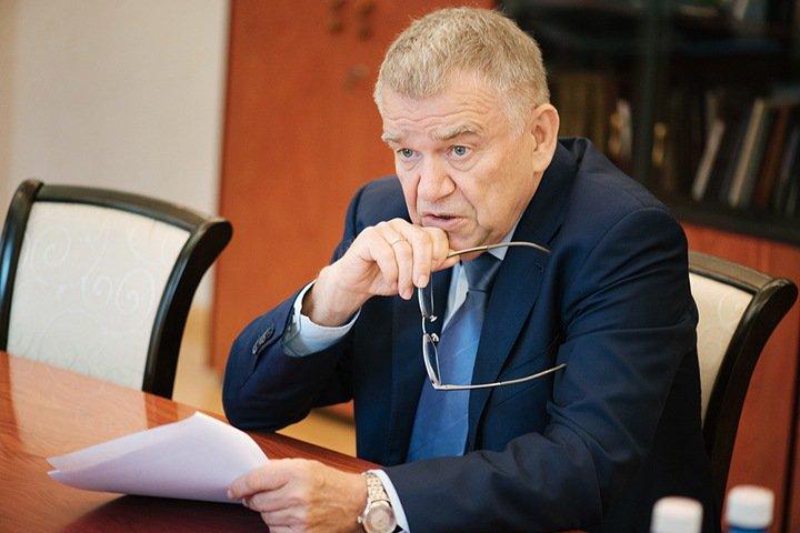 Председатель СО РАН Пармон: «Опасность урезания ресурсов реально существует»