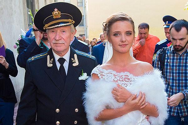 Иван Краско разводится с молодой женой и не оставляет ей ни копейки