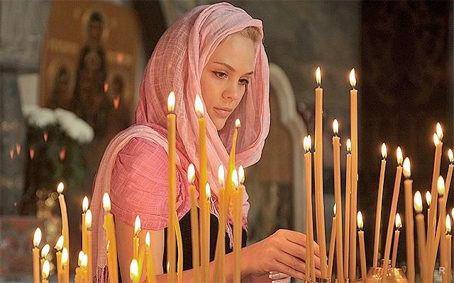 Ритуалы на замужество и деньги стоит проводить на Покров день 14 октября