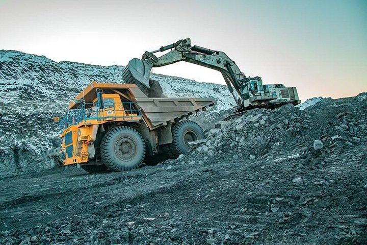 Власти Хакасии переводят сельхозземли для угольного разреза