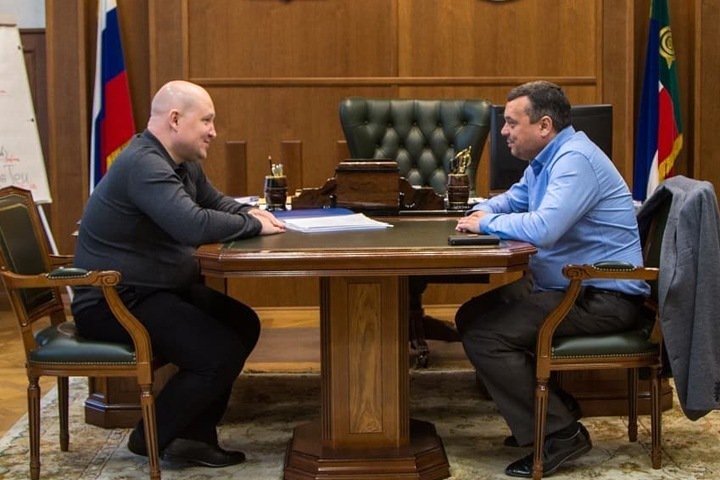 Мяхар объявил о решении снять свою кандидатуру с выборов главы Хакасии