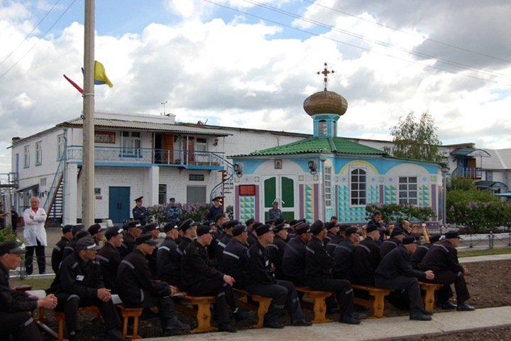 Трое сотрудников колонии в Хакасии пойдут под суд за пытки и сексуальное насилие над заключенными