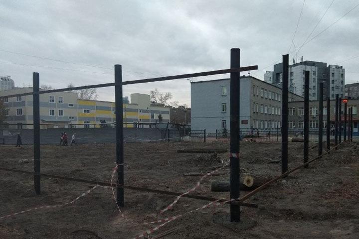 Новосибирский депутат подаст в суд на мэрию за точечную застройку у школы