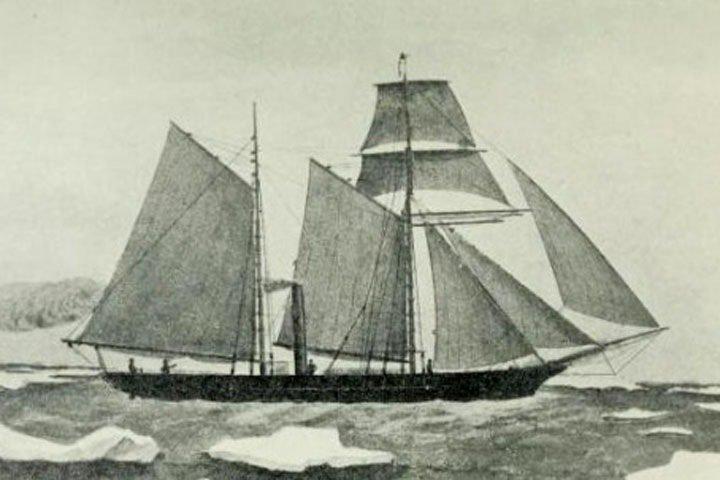 Красноярцы нашли в Енисее затонувшую в 1878 году английскую шхуну